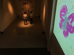心の奥底に眠っている感性が刺激された井上奈奈さんの絵本『ちょうちょうなんなん』出版記念展 「EARTH + gallery」