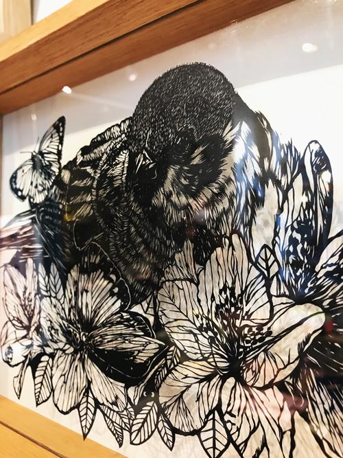 【切り絵作家・未季さん初個展「swallow?」】恵比寿・エストニア雑貨店Attachementにて